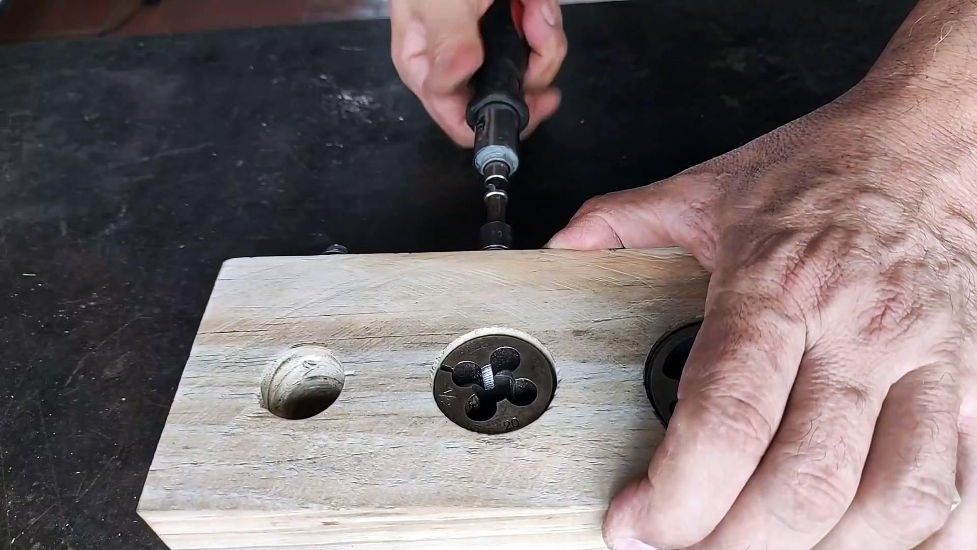 Как изготовить круглые палочки: простая оснастка своими руками