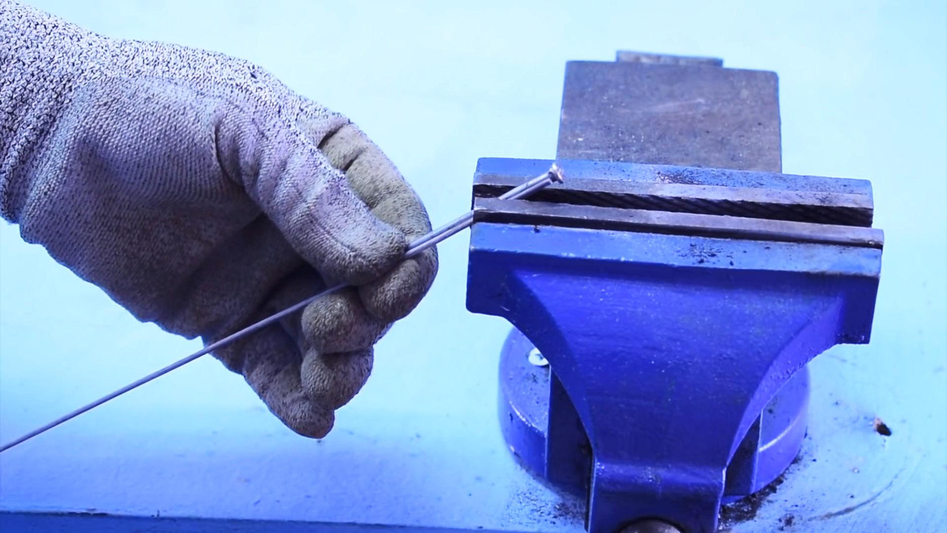 Как заварить большое отверстие или наложить широкий шов - 1 хитрость опытного сварщика