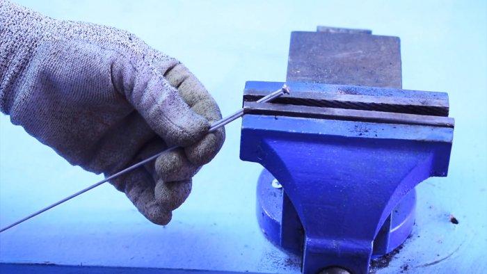 Как заварить большое отверстие или наложить широкий шов 1 хитрость опытного сварщика