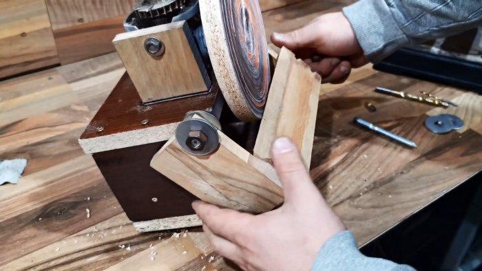 Как из редуктора болгарки сделать шлифовальноточильную приставку 2 в 1 к сверлильному станку