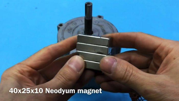 Как сделать ветрогенератор из асинхронного электродвигателя