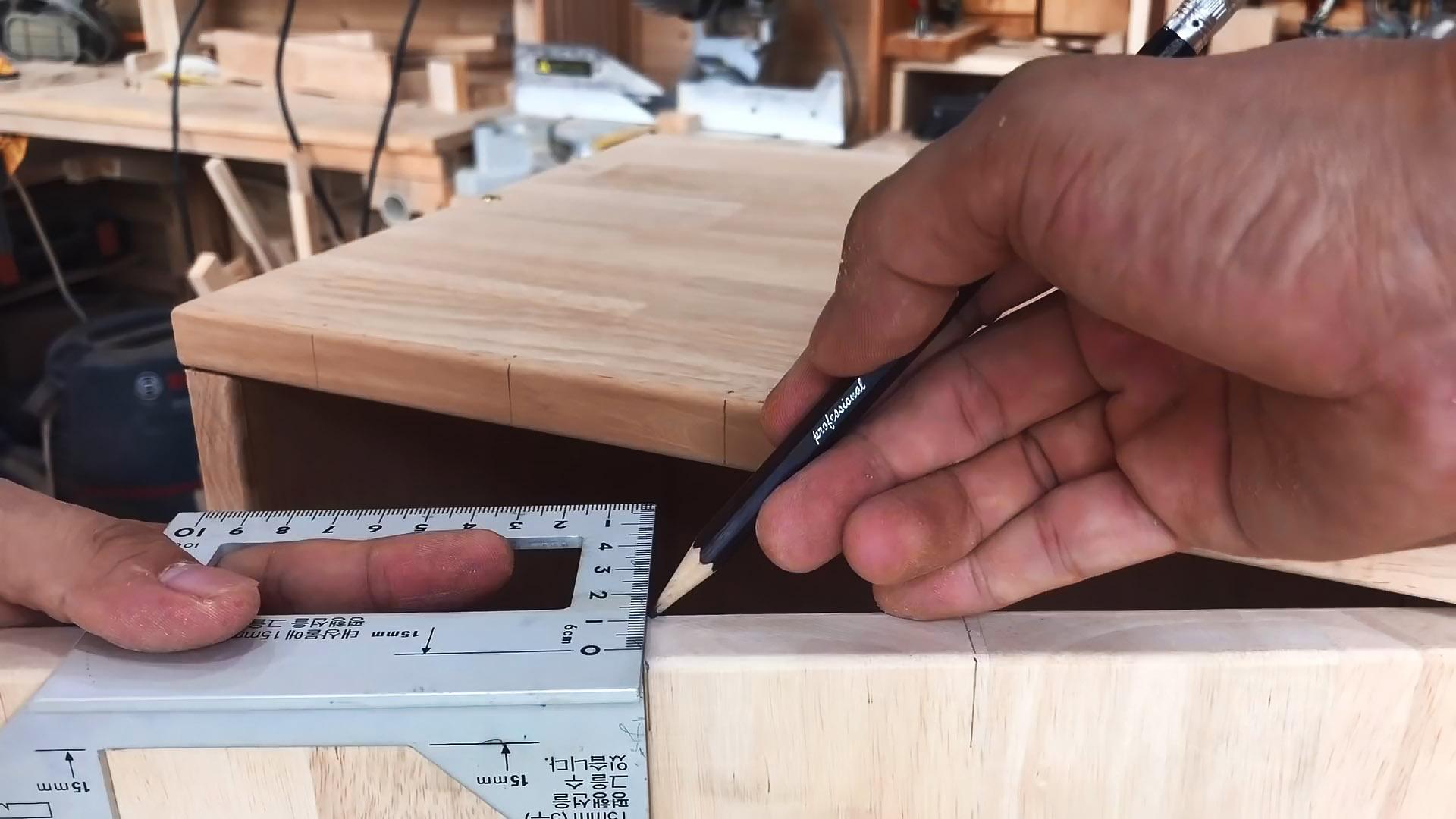 Как сделать бесключевой секретный магнитный замок в мебели