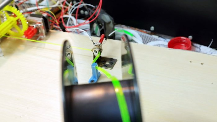 Как из ПЭТ бутылки сделать пластик нить для 3D принтера