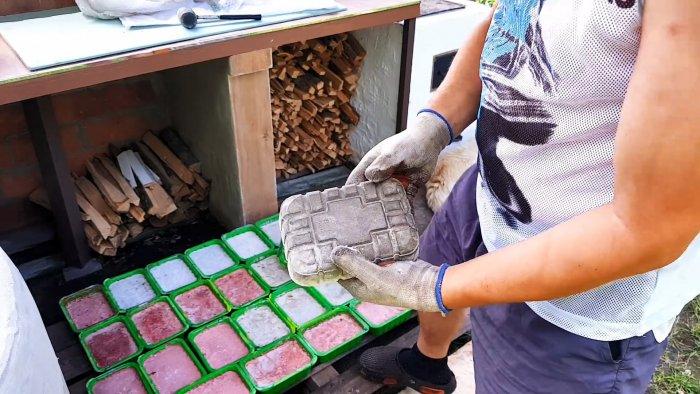 Тротуарная плитка без вибростола и форм в лотках из-под продуктов