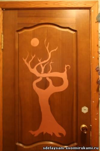 Как своими руками украсить межкомнатную дверь своими руками