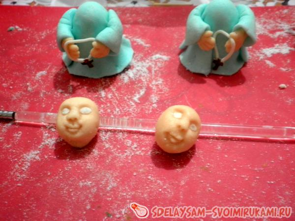 Фигурки из мастики для детского торта пошагово