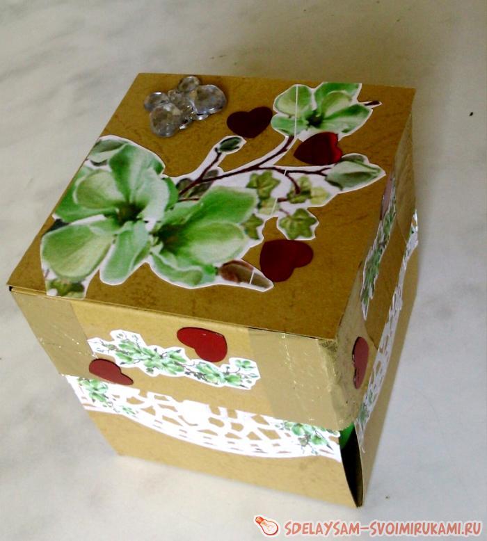 Упаковка подарка в фольгу 147