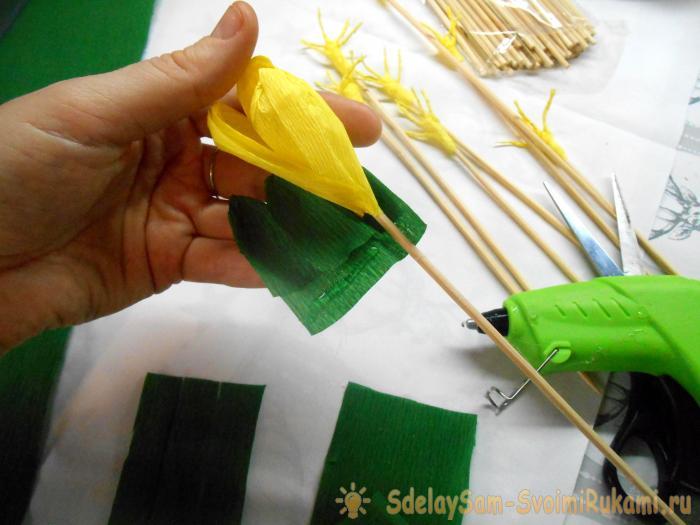 Крокус из гофрированной бумаги своими руками пошаговое фото 406