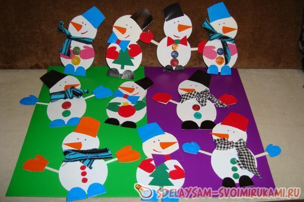 Как сделать снеговика на картоне из бумаги