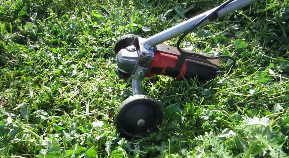 Как из болгарки сделать газонокосилку 172