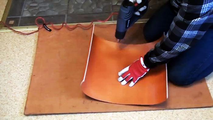 Как сделать лопату для снега из ПВХ трубы, которая будет прочнее покупной