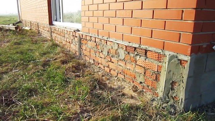 Дешево и сердито: отделка цоколя цементным раствором