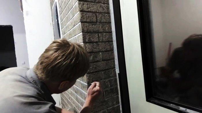 Копеечная имитация кирпичной кладки своими руками