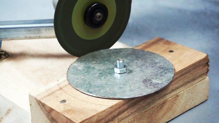 Приспособление на болгарку для резки металлических дисков любого диаметра