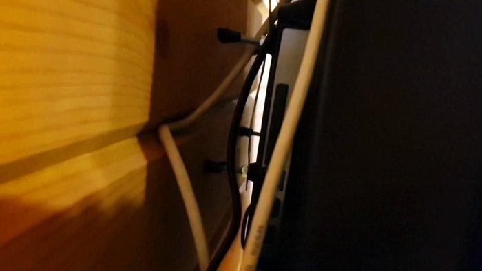 Самый простой и дешевый самодельный настенный кронштейн для телевизора