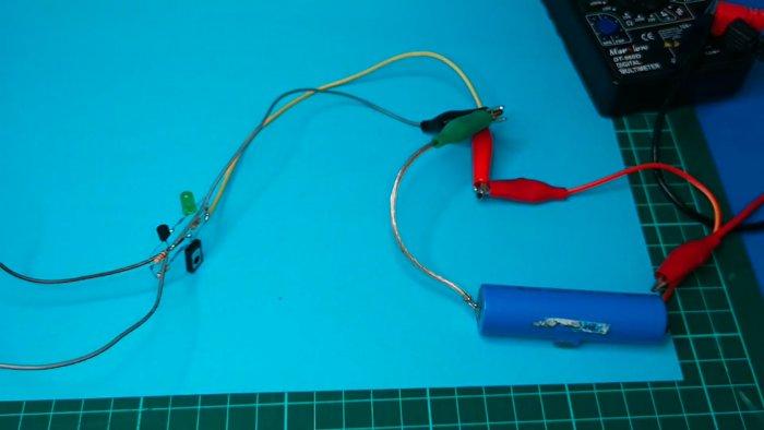 Схема зарядного устройства Li-ion аккумулятора с индикатором полного заряда