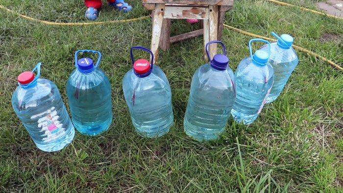 Делаем бесплатный экономичный капельный полив из бутылок