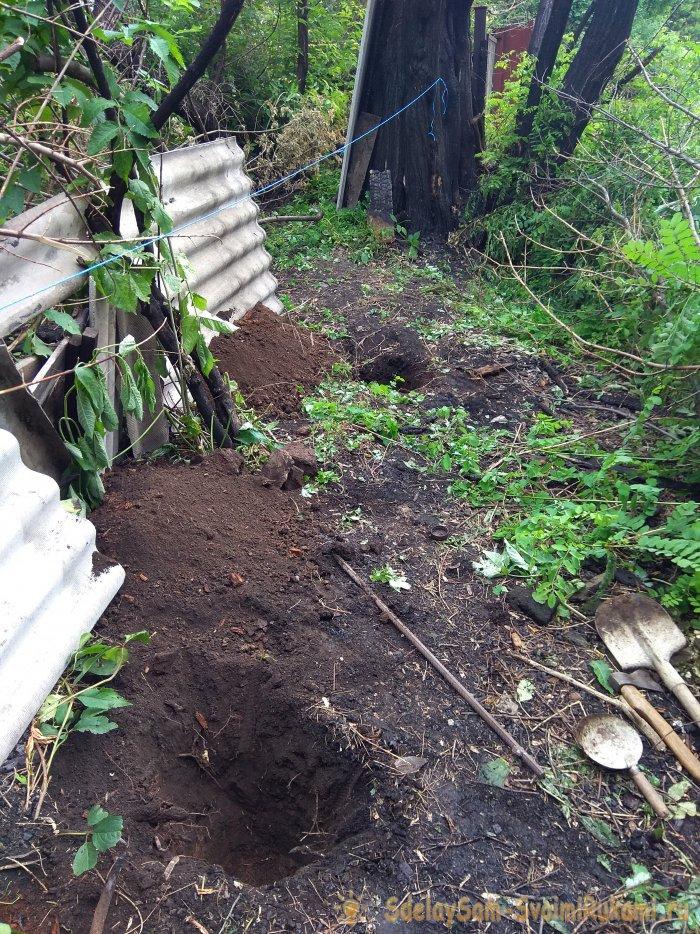Как построить забор из старого шифера