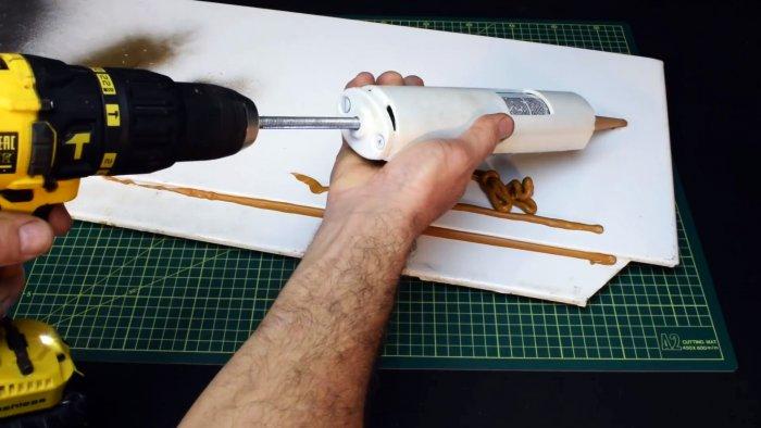 Как из ПВХ трубы сделать пистолет для герметика под шуруповерт