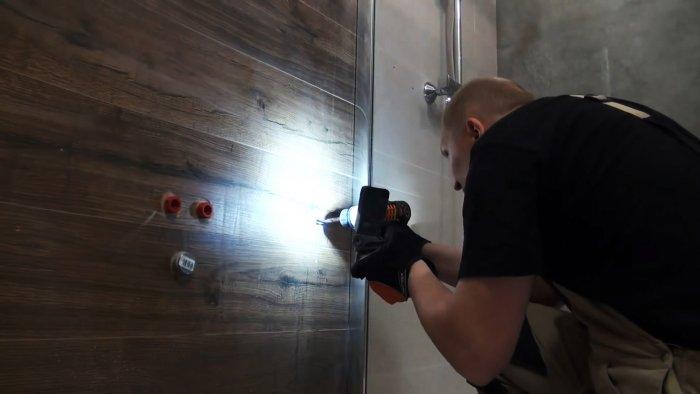 Что делать, если случайно пробили ПП трубу в стене при сверлении