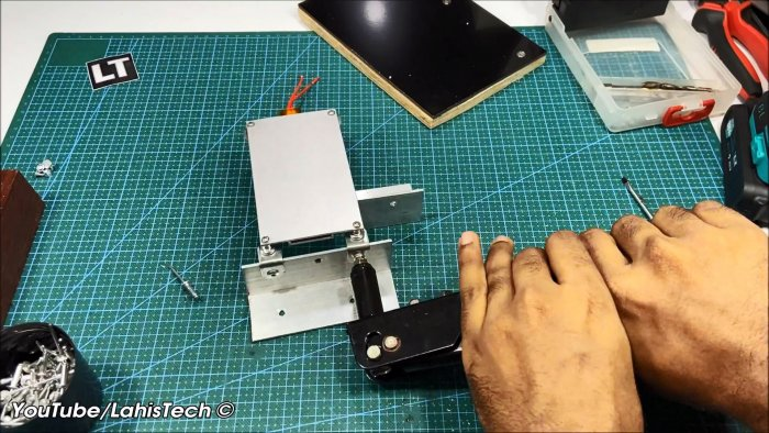Как сделать мини станцию для пайки SMD компонентов без фена