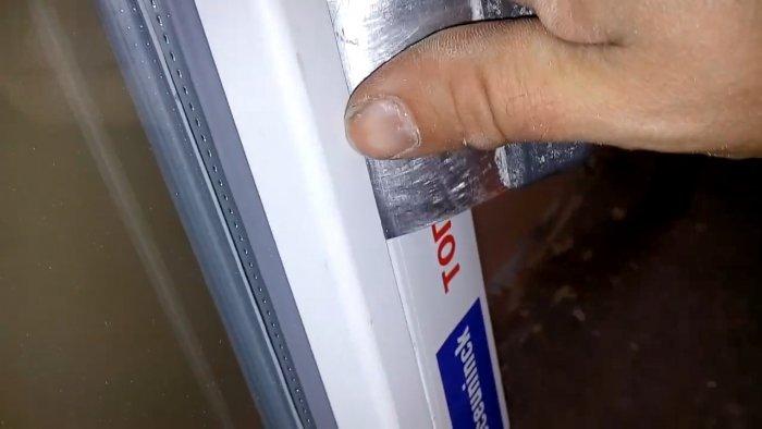 Чем и как снять штапики с пластикового окна без повреждений