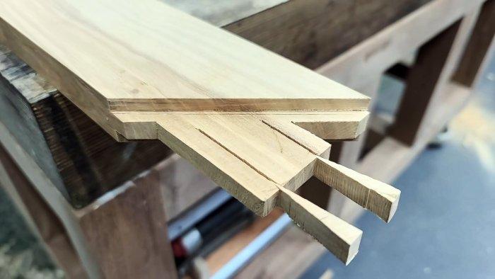 Как соединять деревянные заготовки без клея при помощи шипа и распорных клиньев